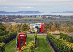 Wolfville Magic Winey Bus
